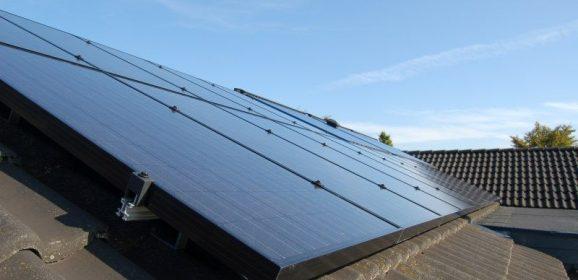 Vælg KlimaEnergi A/S, når der skal installeres solceller